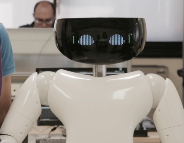Metta R1 robot personal humanoid