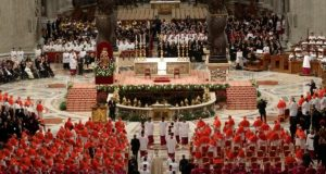 Il Concistoro con i cardinali presieduto da Papa Francesco nell'ottobre 2016.