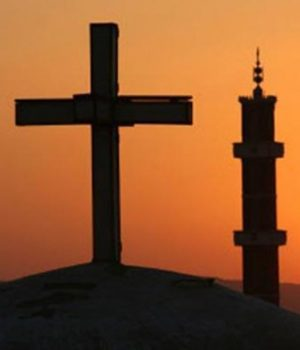 Religioni & Morte, quando il fanatismo per l'Invisibile avvelena le coscienze. La strage di Manchester riaccende il riflettori sul rapporto perverso tra Fede e patologia.