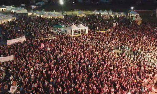 Rimini, la festa senza allegria dei 5 stelle lascia aperti molti interrogativi importanti sul futuro politico del Movimento.