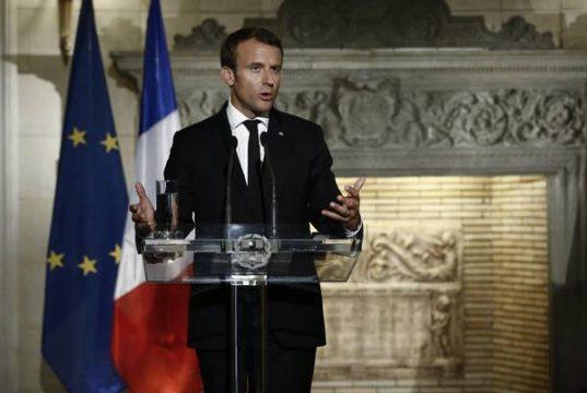 Elezioni in Francia, batosta al Senato per Macron