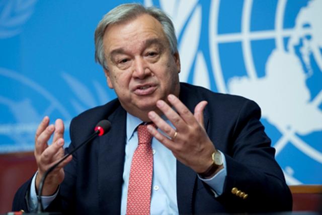 L'Alto commissario Onu per i rifugiati Antonio Guterres durante una conferenza stampa il 9 ottobre 2015 a Ginevra, in Svizzera. (ph. Onu)