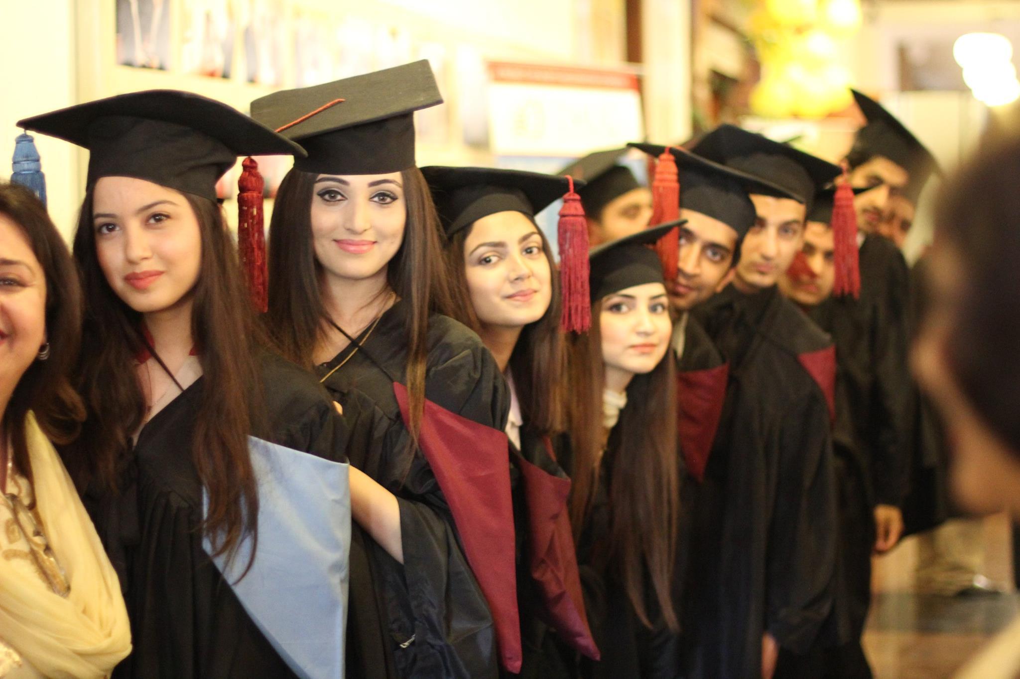 giovani natale 2016 studiare all'estero
