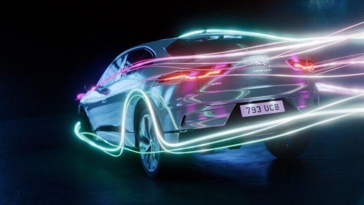 Jaguar Land Rover auto elettrica ph. istituzionale