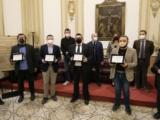 I vincitori del Premio Francesco Landolfo di Giornalismo premiati a Napoli.